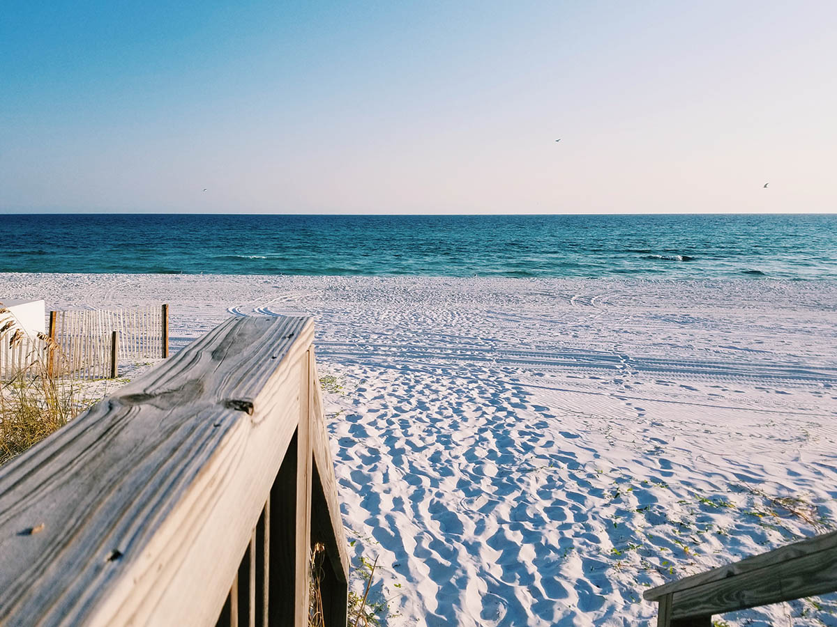 Pros and Cons of Restricting Stay Dates for Your Vacation Rental